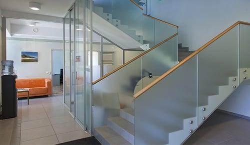 Glassrekkverk kan øke verdien på boligen din