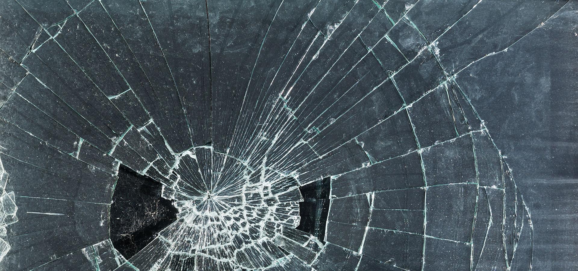 Slik bør du melde inn glasskader til forsikringsselskapet