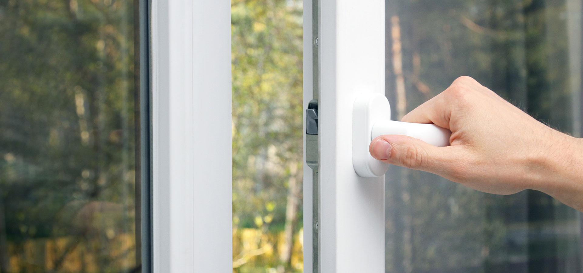 De mange fordelene med solskjermende vinduer